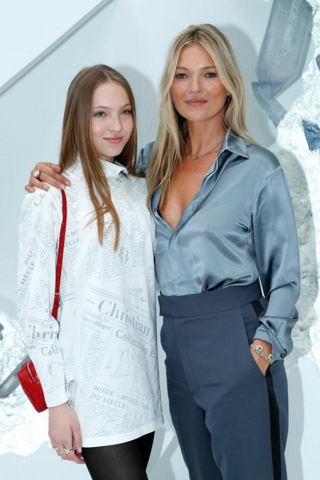 Lila Grace Moss Hack - tak wygląda córka Kate Moss - Uroda