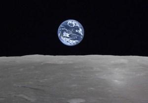 080421-kaguya-earthrise-02