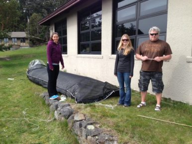 Amanda, Kelsey, and Mike preparing the mesocosm bags before the students arrive