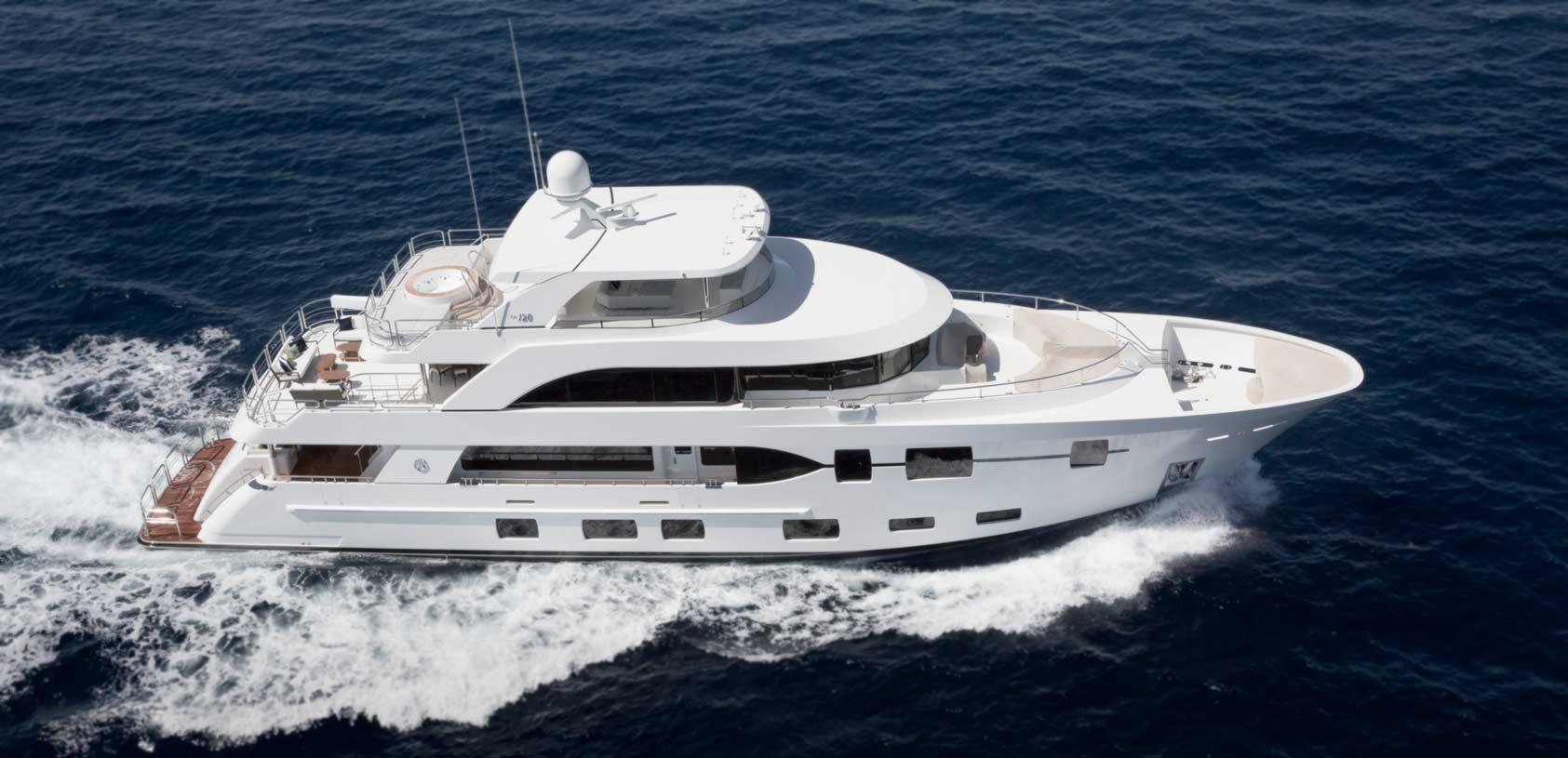 120 Megayacht  Ocean Alexander