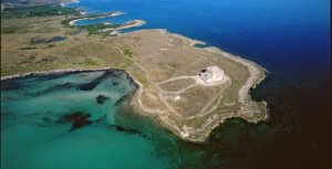 Figure 2: Aerial view of the marine protected area of Torre Guaceto (www.pugliaevents.it)