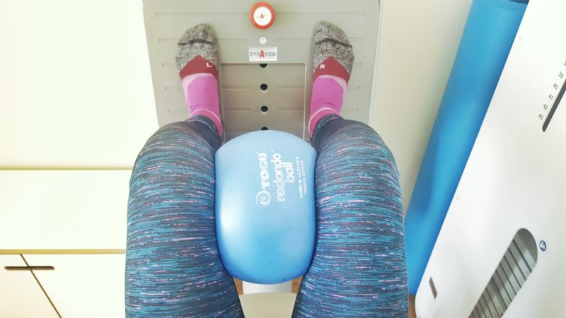 fit-mit-50_fitness_sport-frauen_yoga_oceanblue-style.jpg