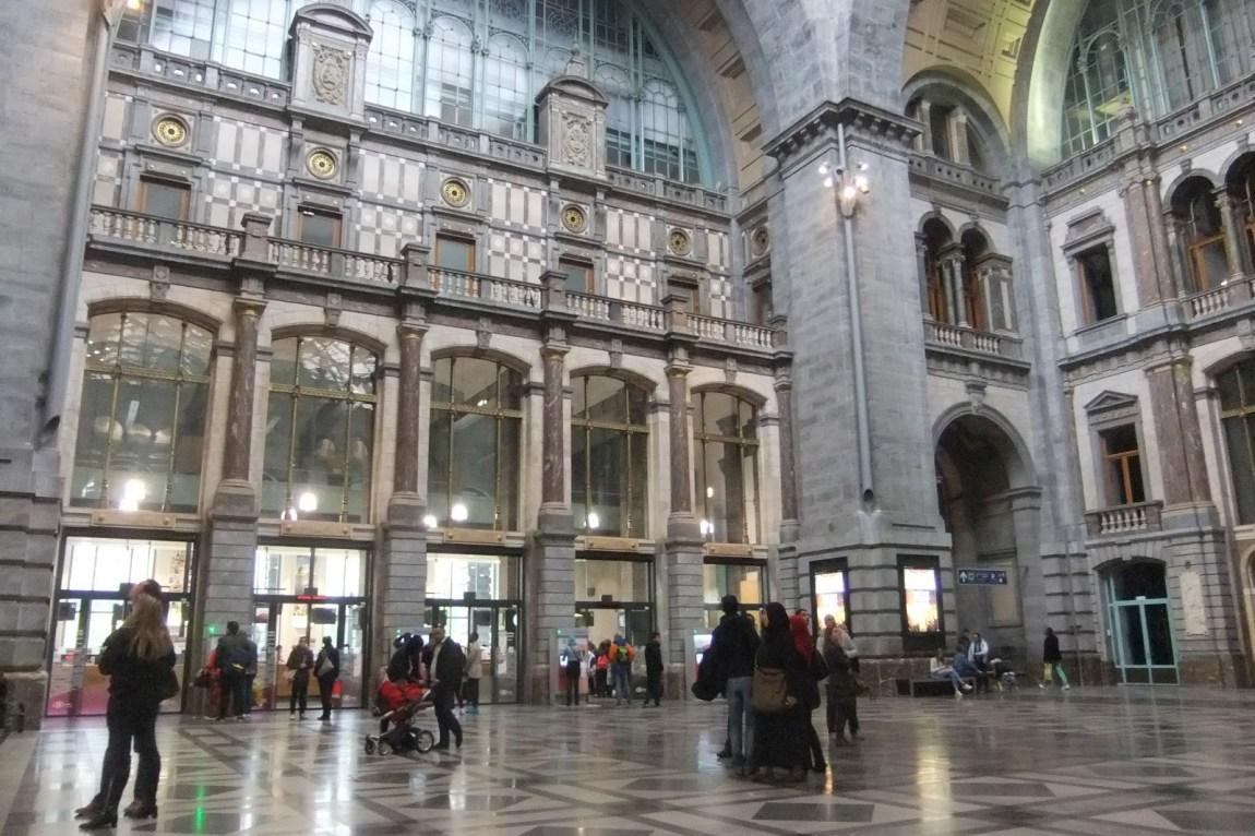 urlaubsvorbereitung_Oceanblue-style_blog_Antwerpen_Centraal-Station