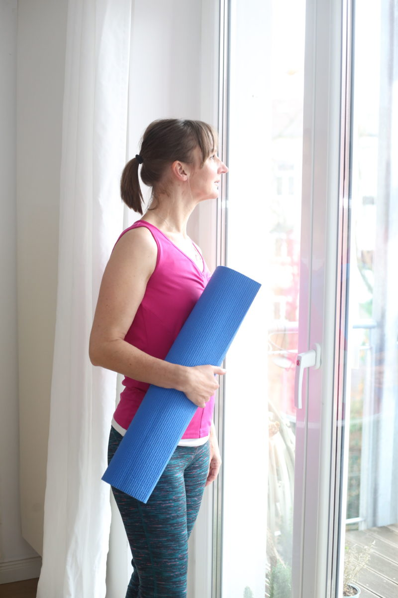 fitness_fit-mit-50_yoga_personal-training_frankfurt-blog_oceanblue-style