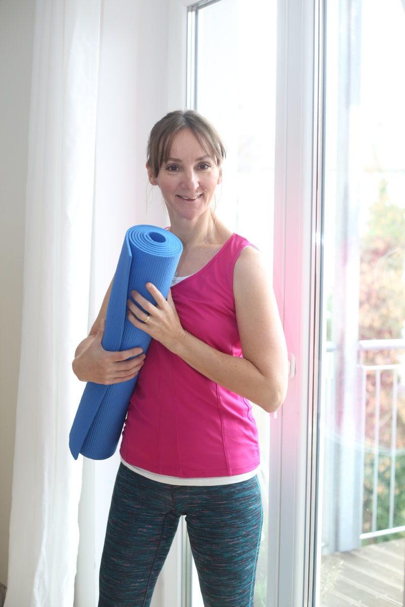fitness_fit-mit-50_yoga_personal-training_frankfurt-blog_oceanblue-style.jpg