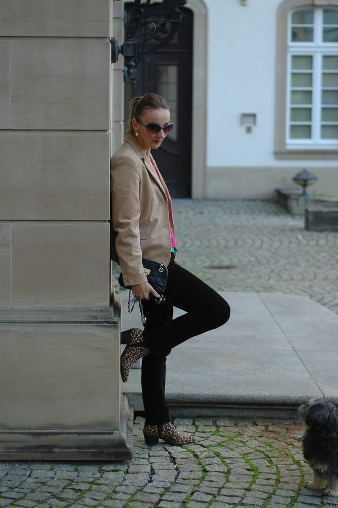 hose-cord-blazer-ankle-boots-leomuster-mode_blog-ue50-oceanblue-style.jpg