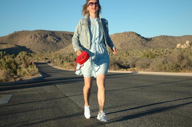 peter_kaiser_pumps_sneakers_adidas_sandalen_loafers_stylen_modeblog_C3BC40_oceanblue-style_rüschen