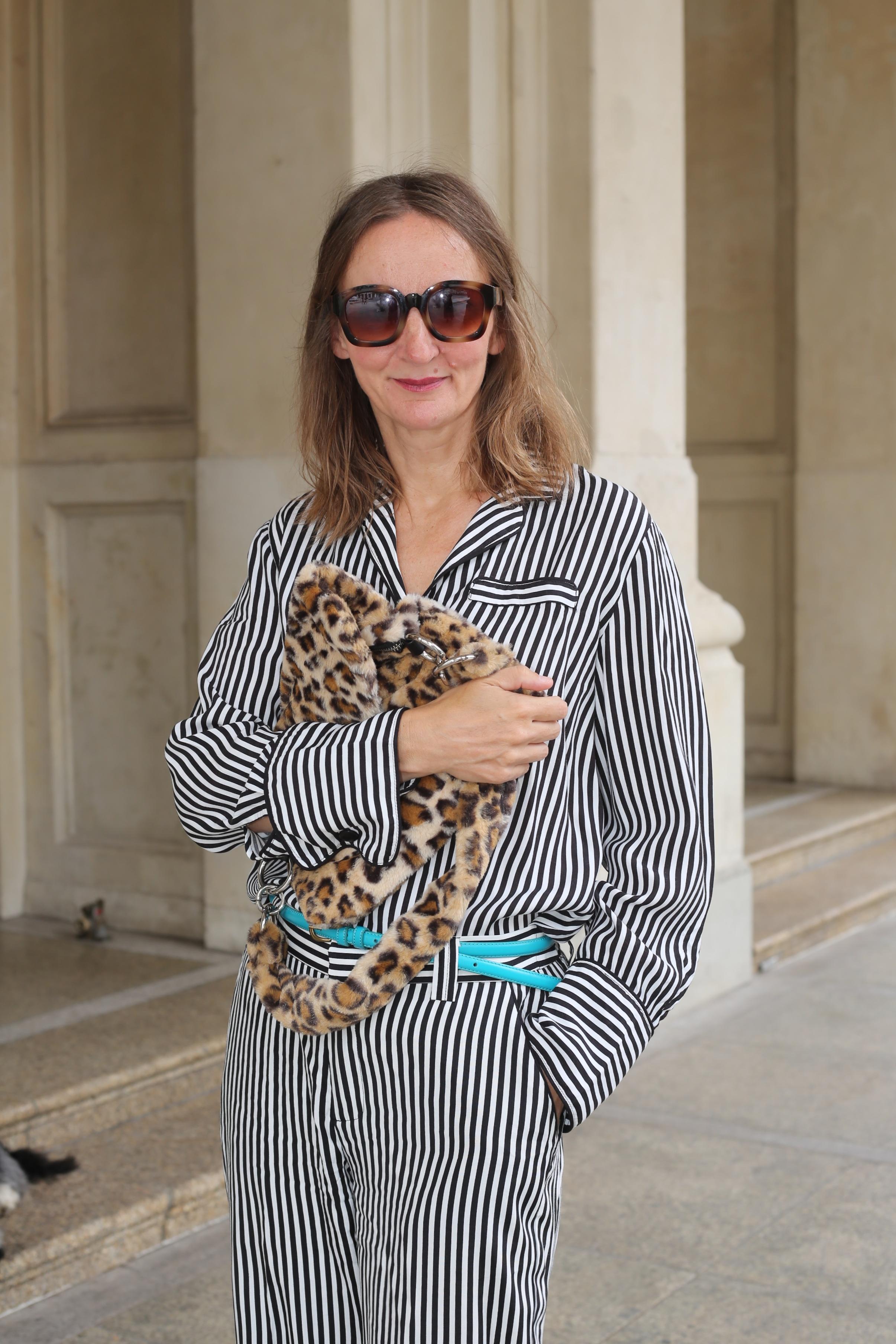 pyjama-look-2018_trend_weite-hose-streifen-bluse_pyjama-stil_mode-blog-ue50_frankfurt_influencer_oceanblue-style-01