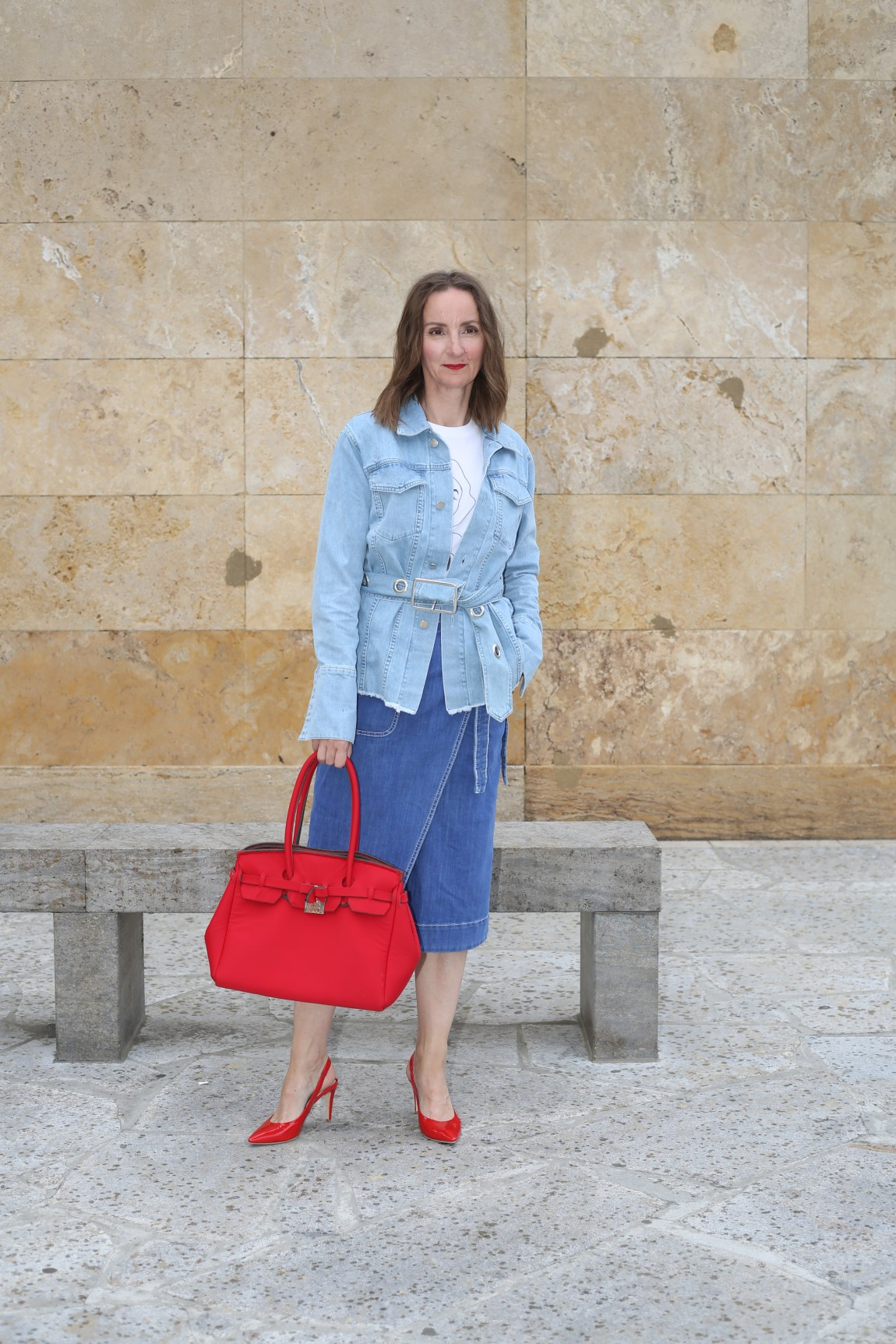 weite-hose_streifen_faltenrock_streifenbluse_slingback-pumps_rot_mode-blog-ü40_Oceanblue-style_jeans-jacke_denim_neopren_birkin-bag_wrapped_denim-skirt_wickelrock_jeans