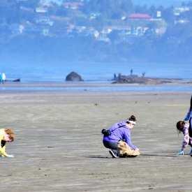 volunteers-cleanups