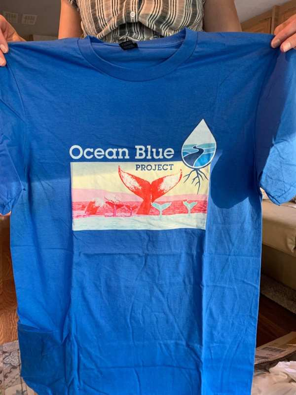 Whale-tail-save-the-ocean-T-shirt