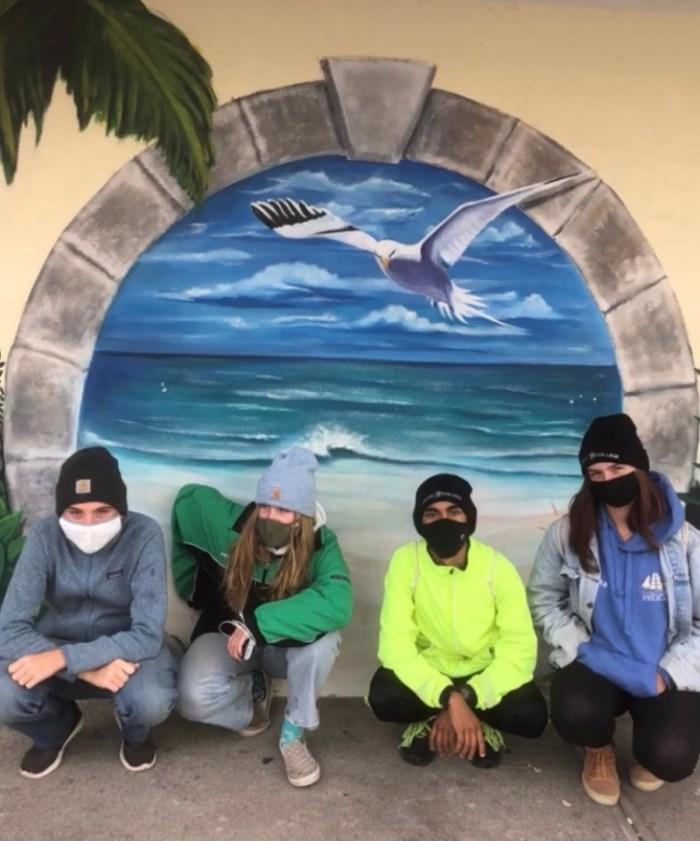 Gruppe mit Maske in Bermuda