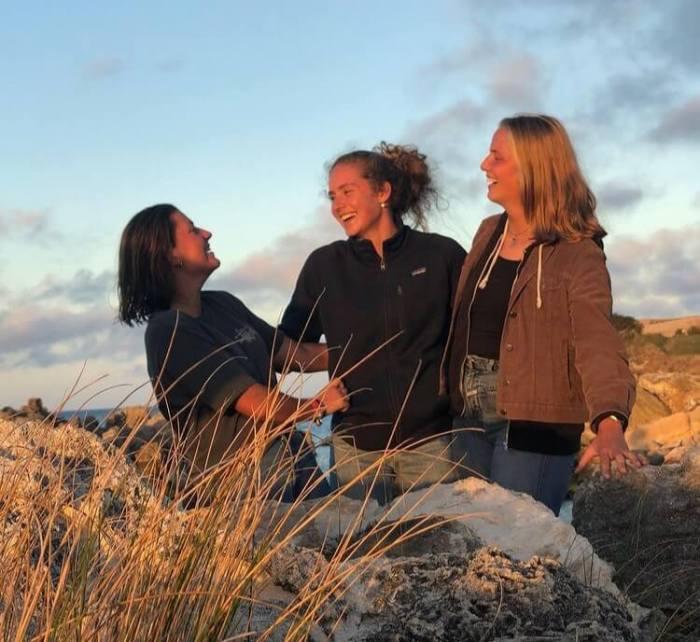 Drei Segelfrauen