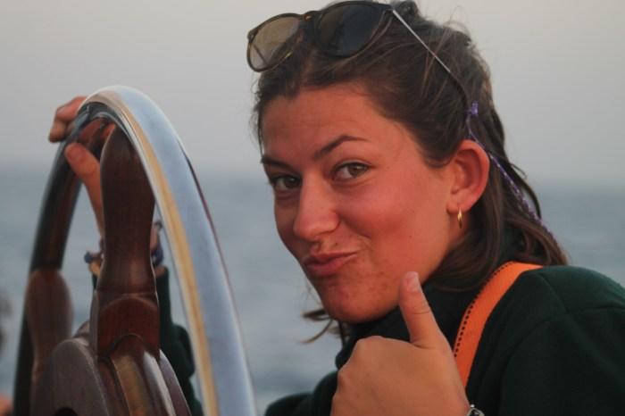 Clara thumbs up