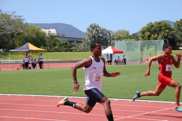 Boys 200m Heats (34)