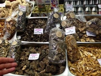 boqueria-mushrooms