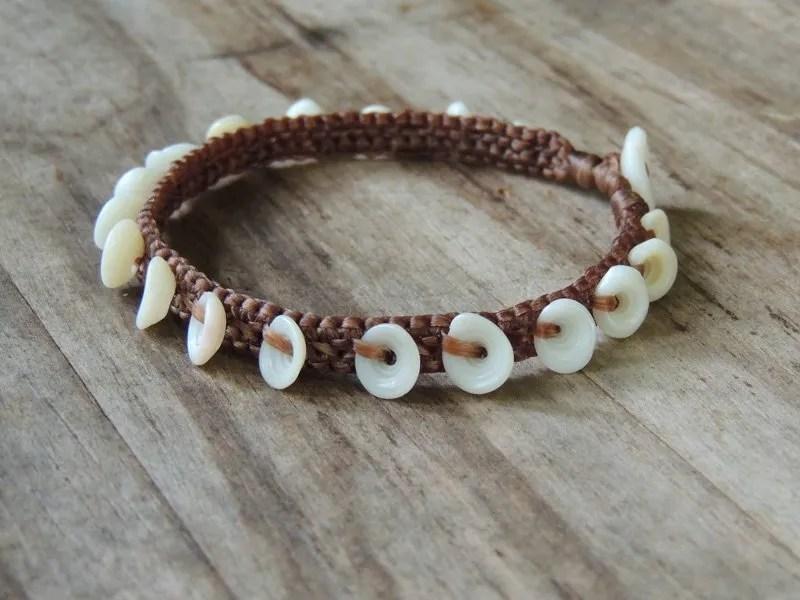 Ocean Tuff Jewelry - Kauai Puka Shell Anklet