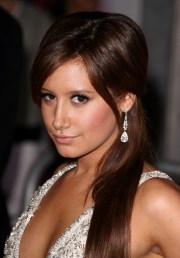 ashley tisdale busts brown