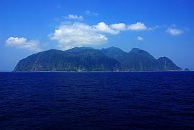 280px-Whole_view_of_Mikurajima_20130805130634edf