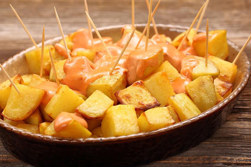 Cómo hacer unas patatas bravas de diez