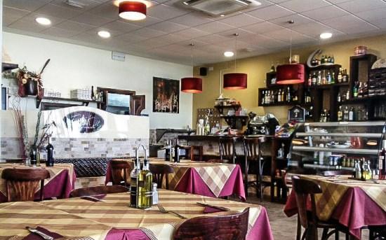 Comedor interior del restaurante pizzería Erik.it, Playa Honda