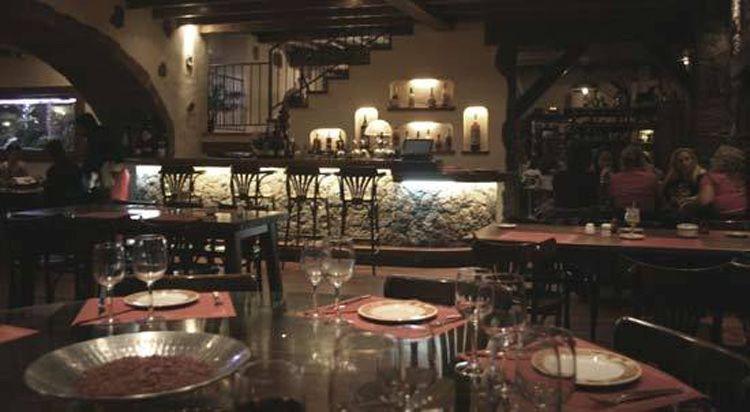 Restaurante Bodega La Cascada (Puerto del Carmen)