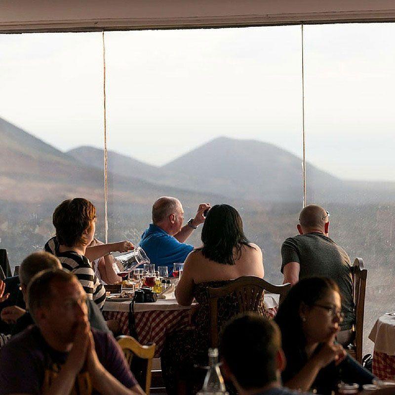 timanfaya restaurante turistas