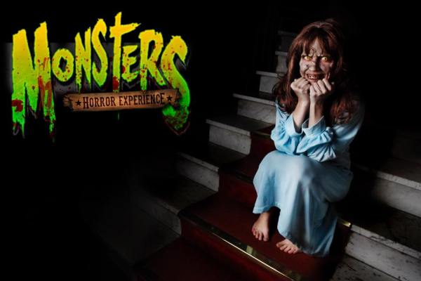 monsters horror experience niña