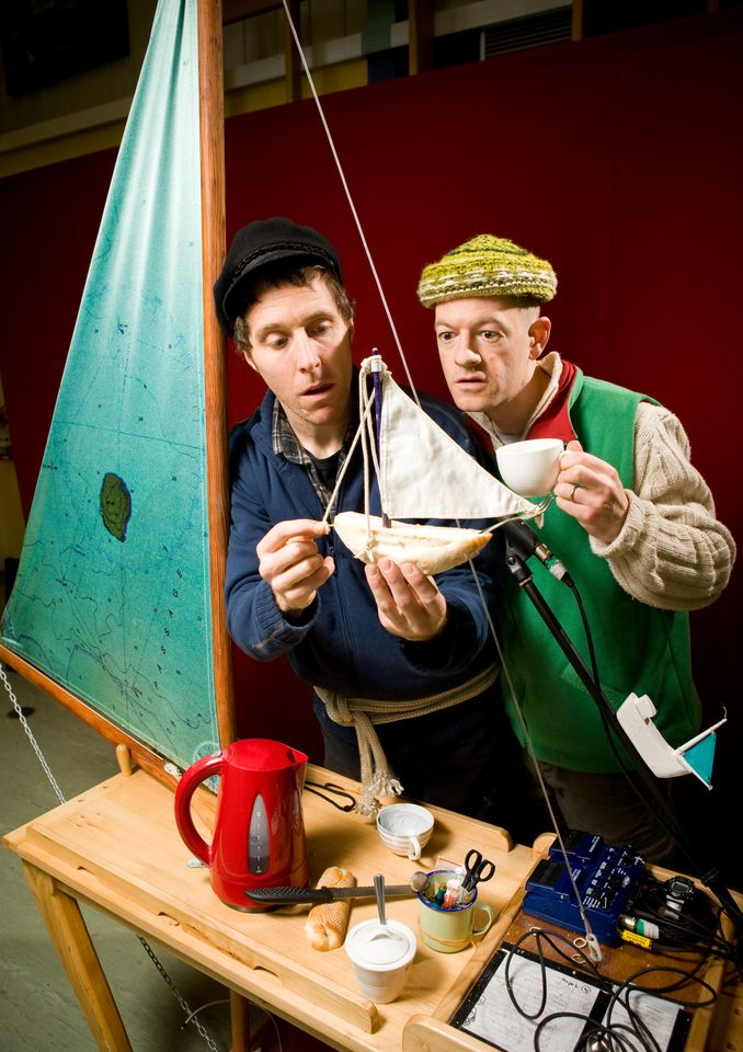 2) Terrapin Puppet Theatre - Performers Quinn Griggs and Jeff Michel © Peter Mathew