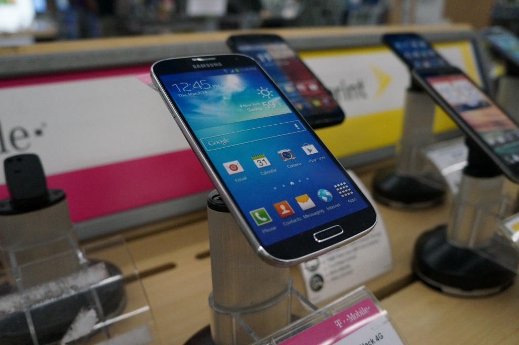 Samsung Galaxy S4 at Walmart