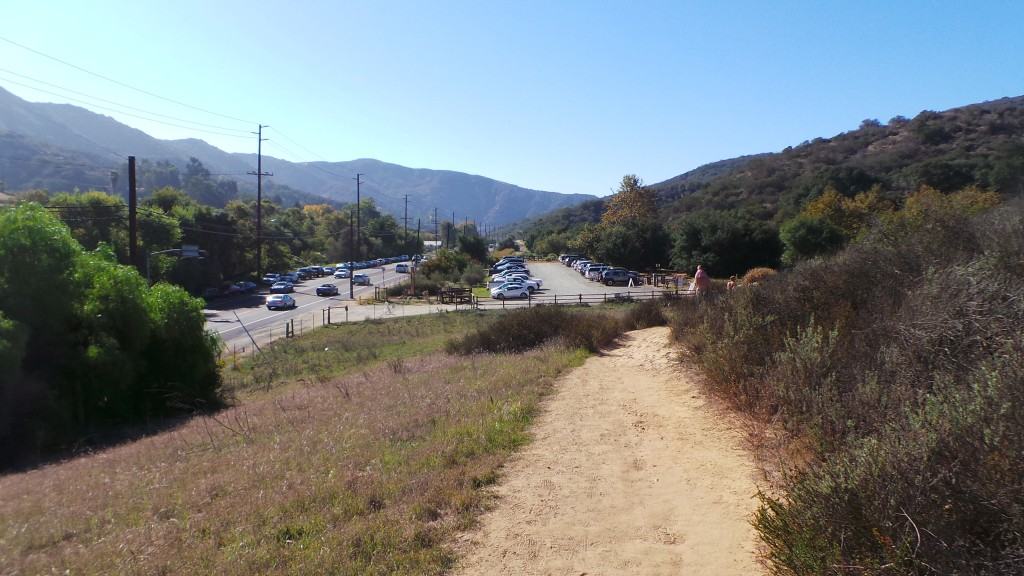 Laurel-Canyon-Trail-Parking-Lot