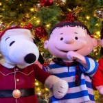 Knott's Berry Farm is Getting Merry for the Holidays