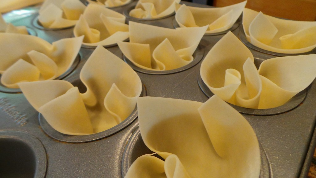 Cranberry-Cheese-Wonton-Cups