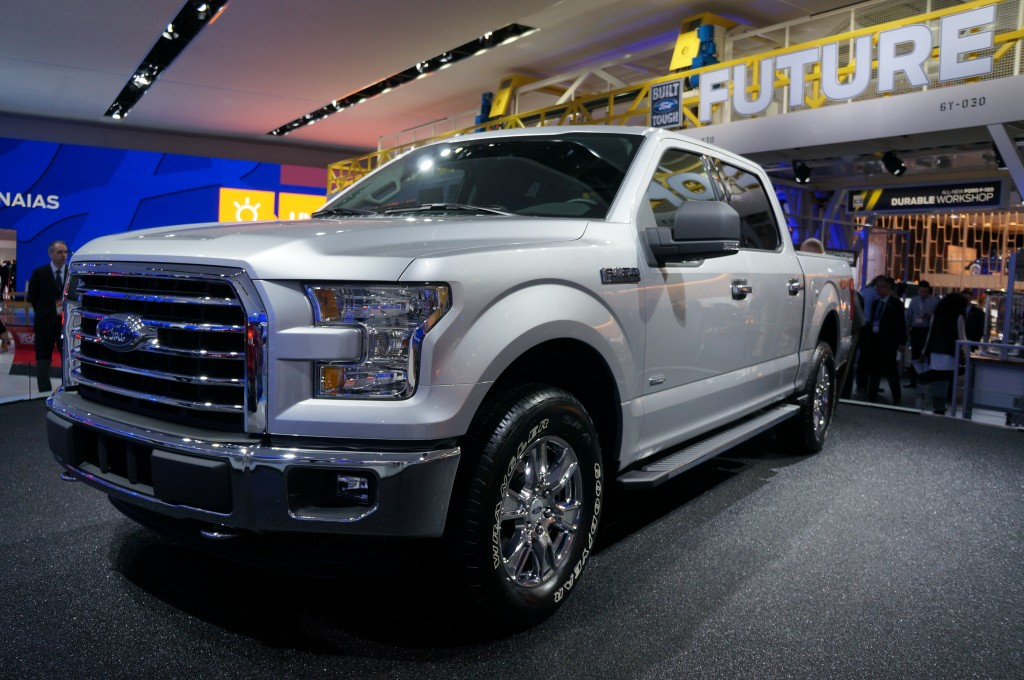 2015-Ford-F-150-04