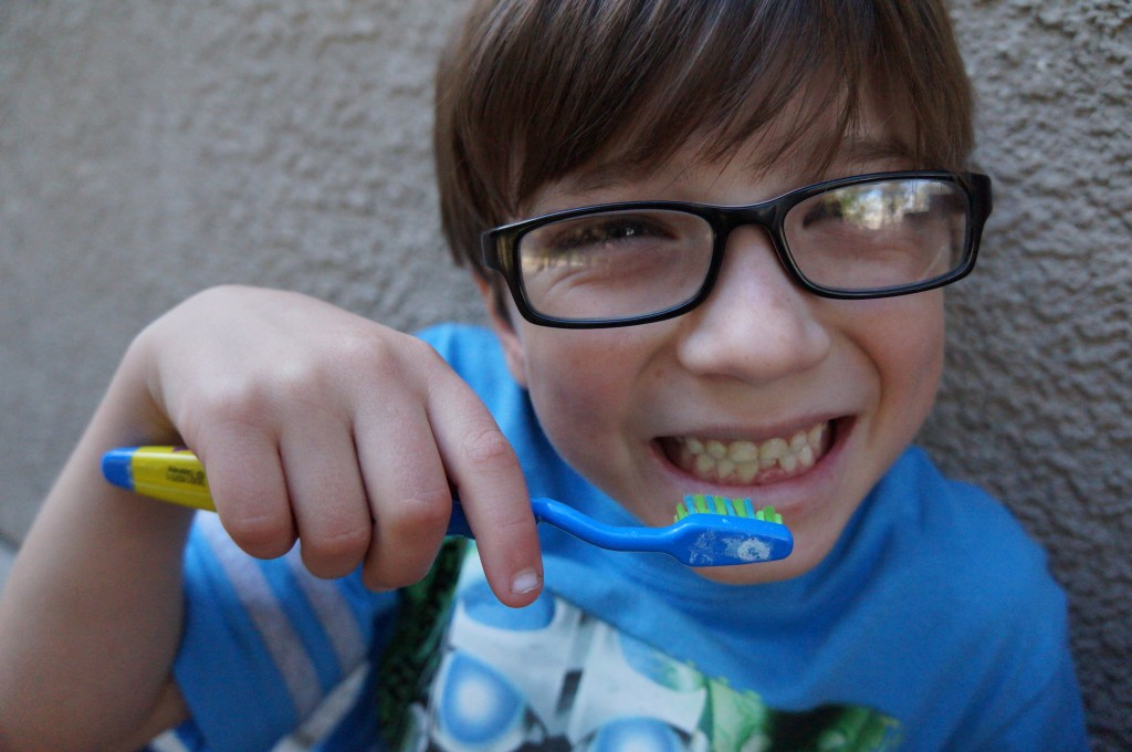 Impact-Valentines-day-candy-childrens-teeth