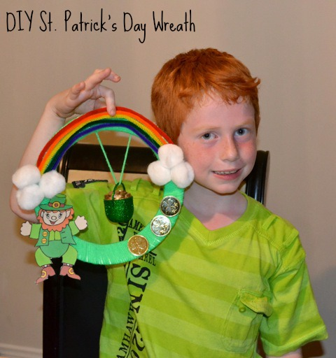 DIY St. Patrick's Day Crafts: Leprechaun Wreath
