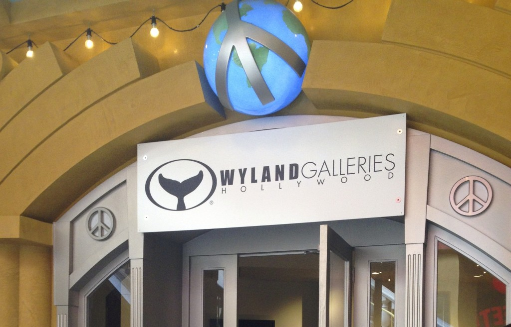 Wyland Galleries in Hollywood