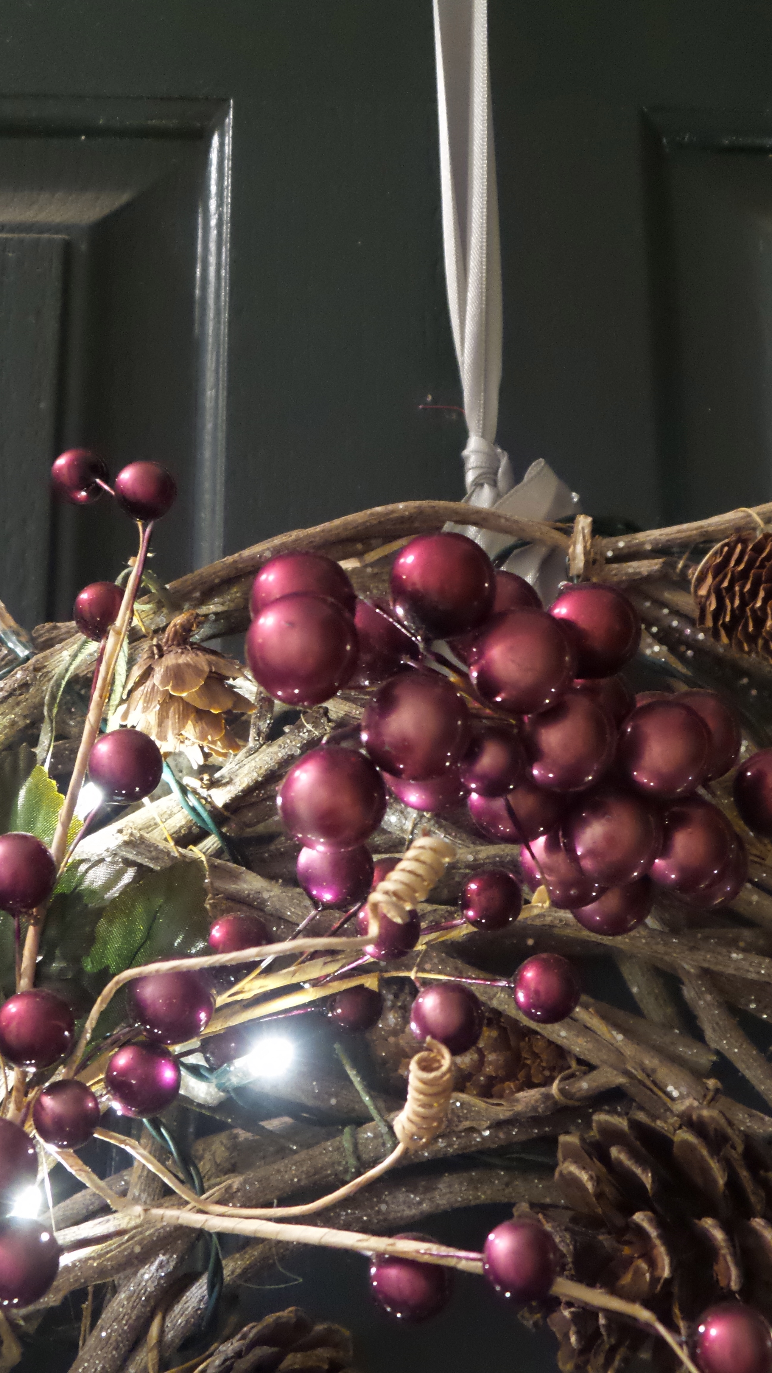 Fruit over the door christmas decoration - Measure The Ribbon So That When Draped Over The Top Of Your Front Door It Hits The Top Of Where You Would Want Your Wreaths To Hang From On Each Side Of