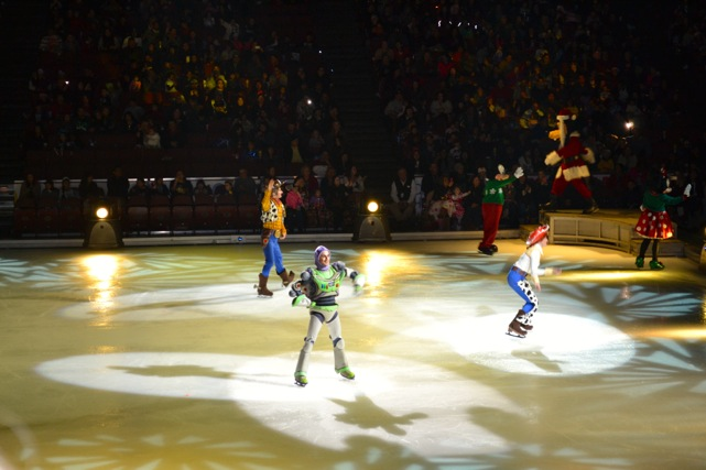 Disney.On.Ice.9