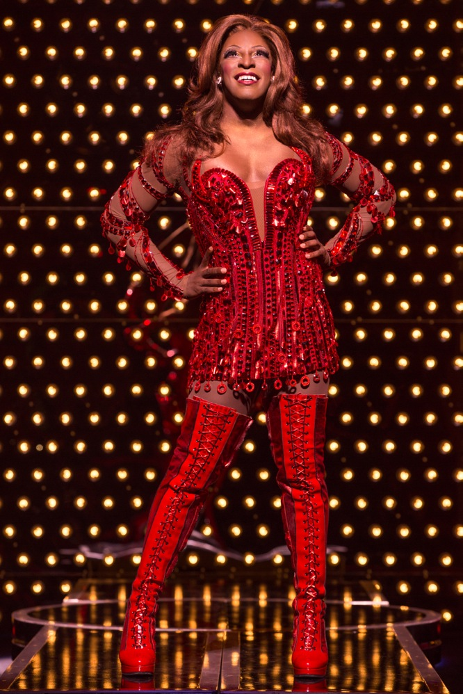 Segerstrom Center - Kyle Taylor Parker in KINKY BOOTS national tour - Photo by Matthew Murphy_7-1