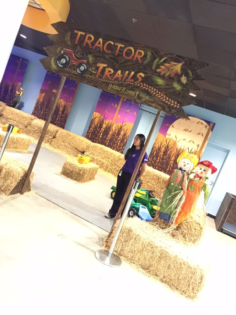 Fun Tractor Trails at Discovery Cube OC #DiscoveryCubeMoms