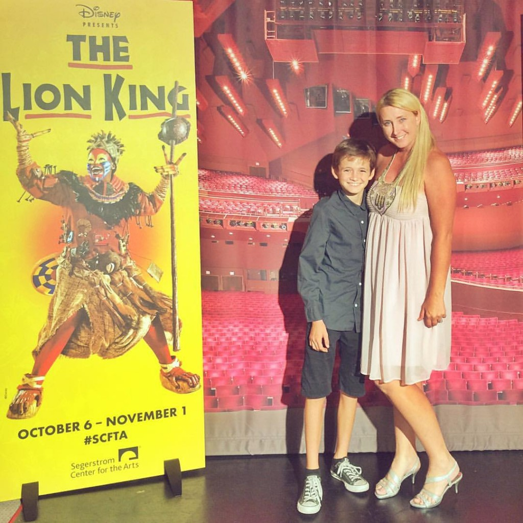 Photo opportunity during Lion King the Musical