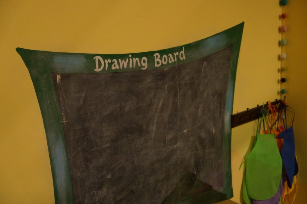 Creativity drawing board at Discovery Cube OC