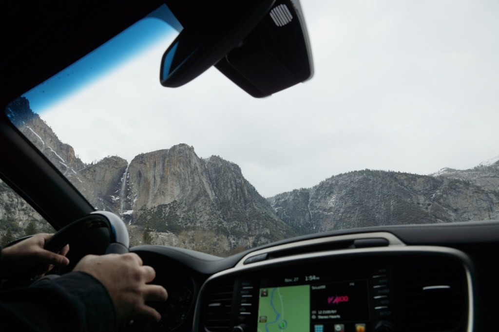 Driving to Yosemite Falls