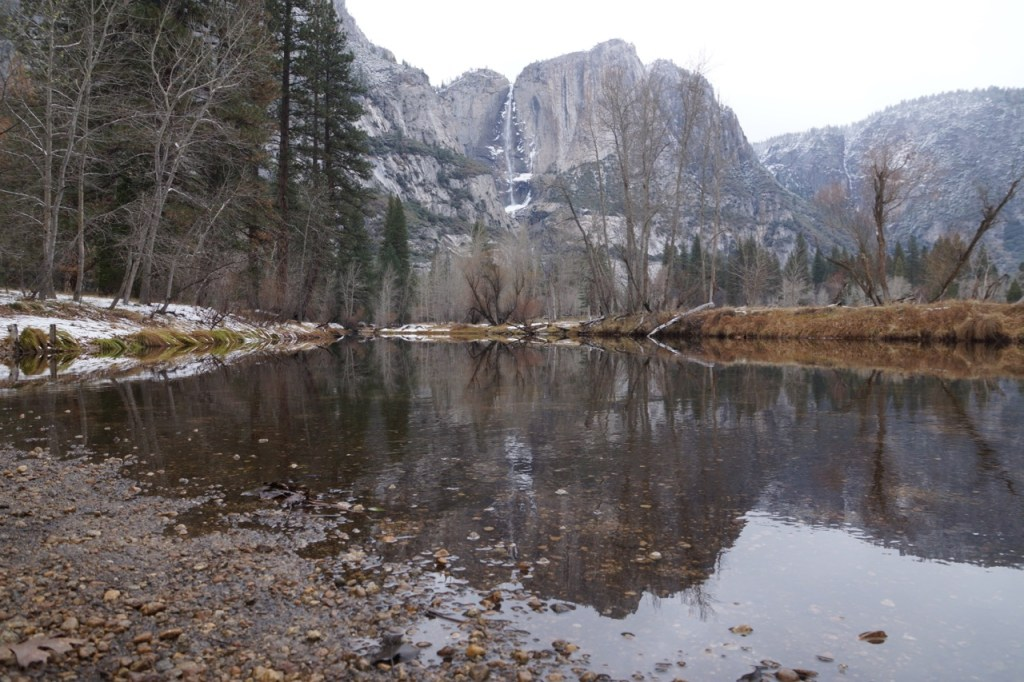 Hiking trail to Yosemite Falls