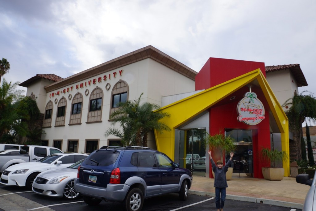 headquarters for in-n-out