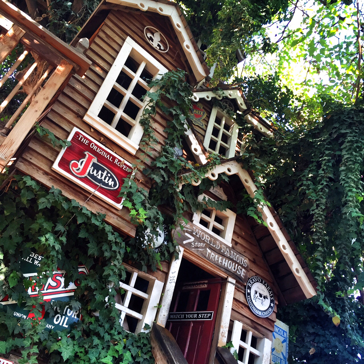 The World S Largest Treehouse At Bravo Farms Oc Mom Blog