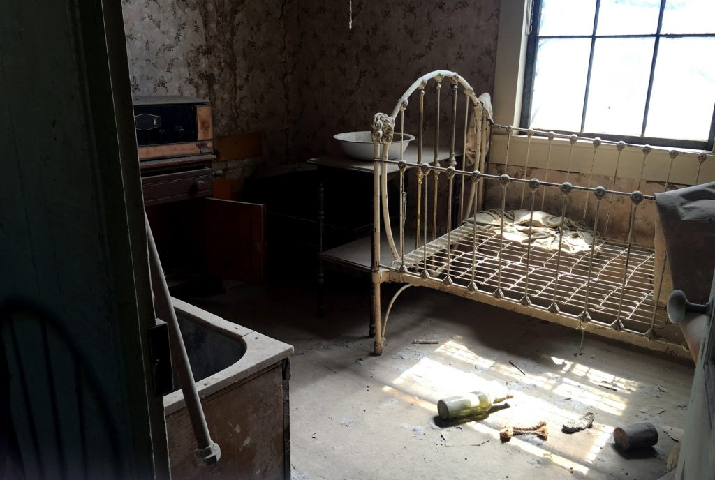 crib in a house in Bodie