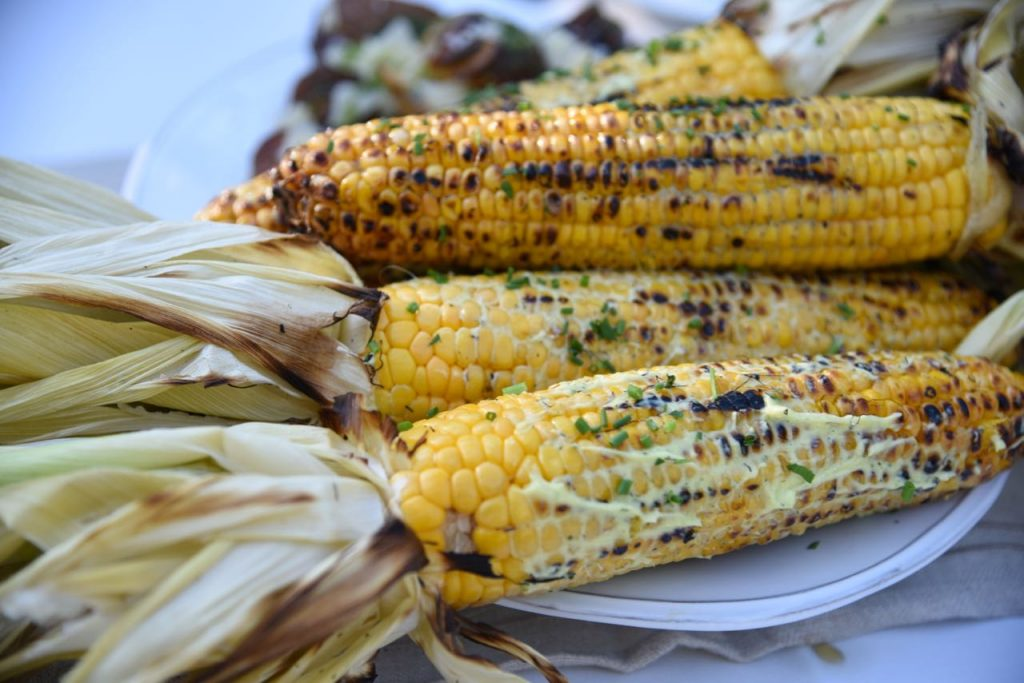 Corn with an herb aioli