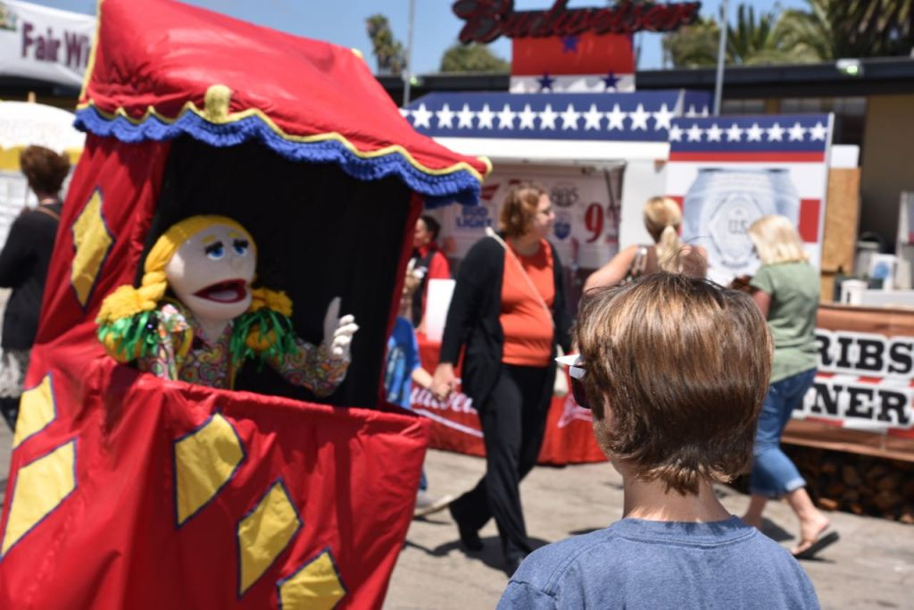 Puppet at the fair